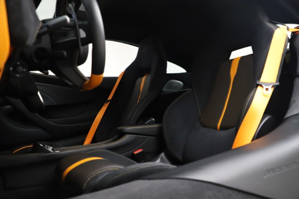 Used 2017 McLaren 570S Coupe for sale Sold at Maserati of Westport in Westport CT 06880 18