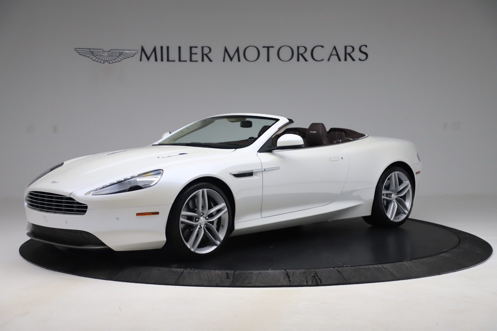Used 2012 Aston Martin Virage Volante for sale Sold at Maserati of Westport in Westport CT 06880 1