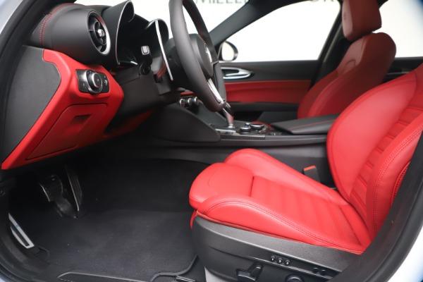 New 2019 Alfa Romeo Giulia Ti Sport Carbon Q4 for sale Sold at Maserati of Westport in Westport CT 06880 14