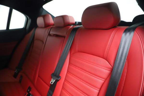 New 2019 Alfa Romeo Giulia Ti Sport Carbon Q4 for sale Sold at Maserati of Westport in Westport CT 06880 18