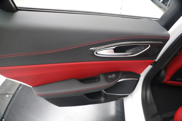 New 2019 Alfa Romeo Giulia Ti Sport Carbon Q4 for sale Sold at Maserati of Westport in Westport CT 06880 21