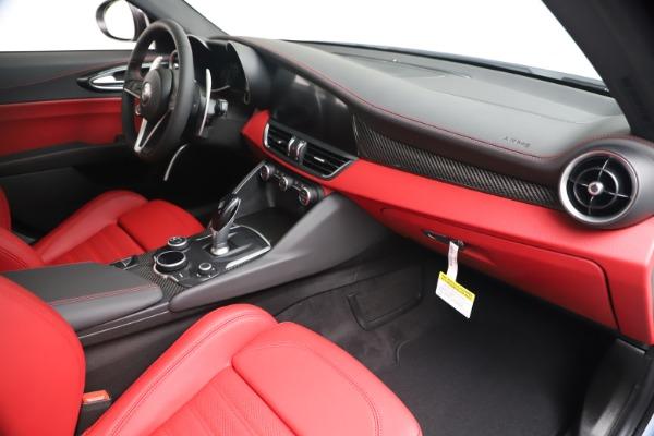 New 2019 Alfa Romeo Giulia Ti Sport Carbon Q4 for sale Sold at Maserati of Westport in Westport CT 06880 23