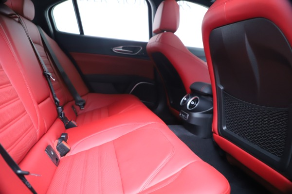 New 2019 Alfa Romeo Giulia Ti Sport Carbon Q4 for sale Sold at Maserati of Westport in Westport CT 06880 27