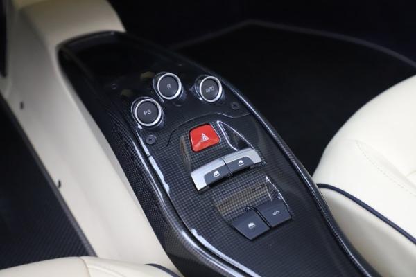 Used 2013 Ferrari 458 Spider for sale Sold at Maserati of Westport in Westport CT 06880 28