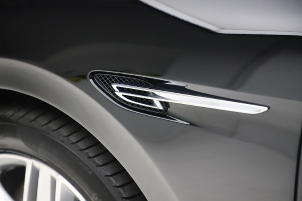 Used 2016 Bentley Flying Spur V8 for sale Sold at Maserati of Westport in Westport CT 06880 16
