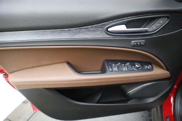 New 2019 Alfa Romeo Stelvio Q4 for sale Sold at Maserati of Westport in Westport CT 06880 17