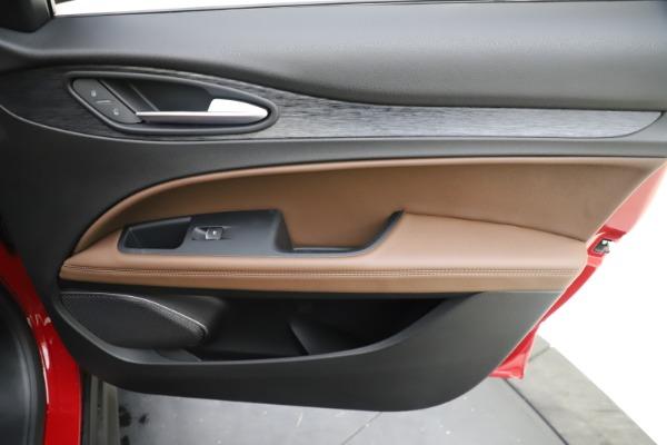 New 2019 Alfa Romeo Stelvio Q4 for sale Sold at Maserati of Westport in Westport CT 06880 25