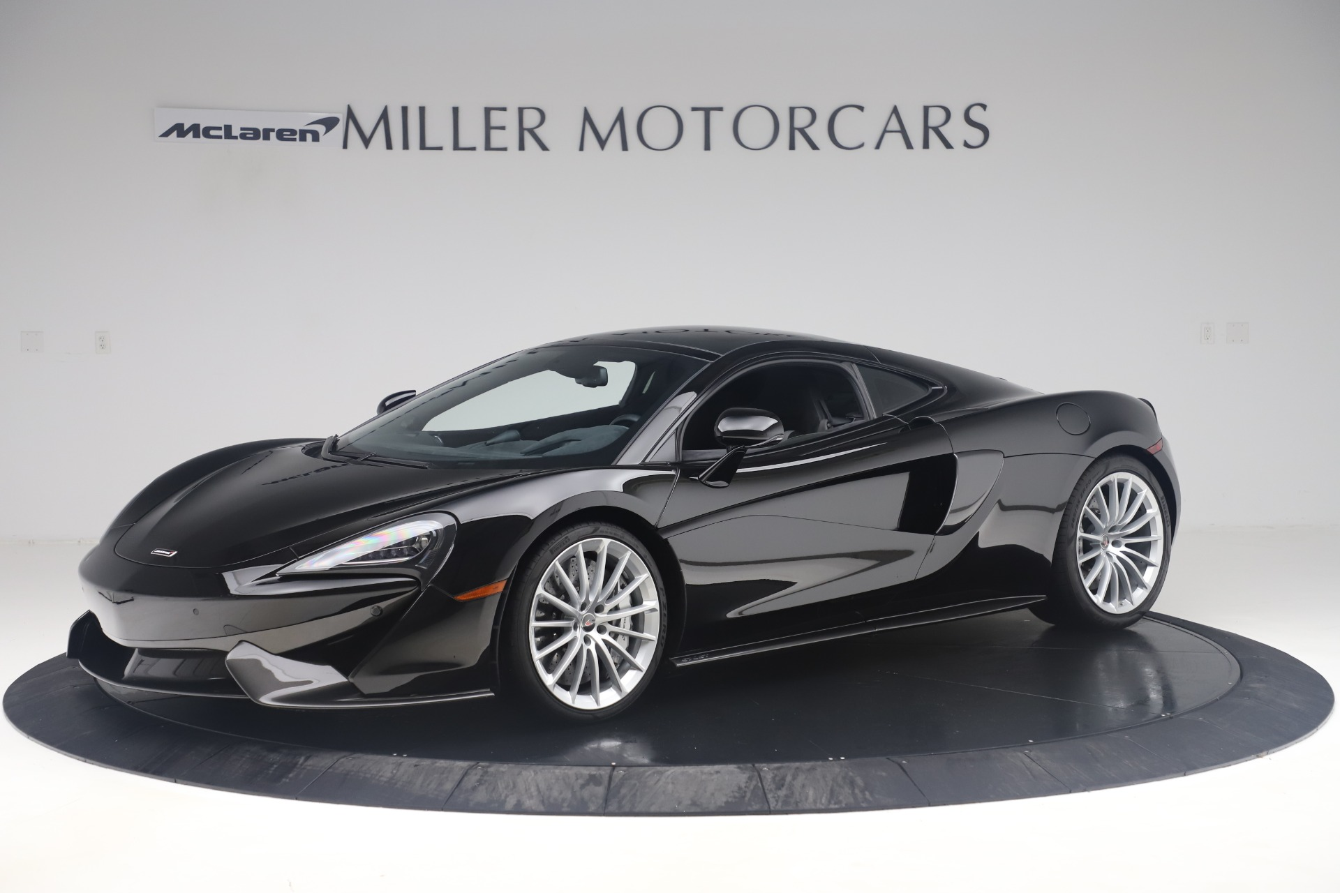 Used 2017 McLaren 570GT Coupe for sale $149,900 at Maserati of Westport in Westport CT 06880 1