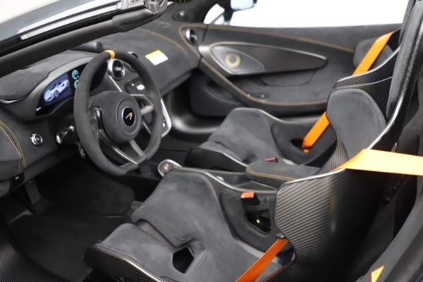 Used 2020 McLaren 600LT SPIDER Convertible for sale $249,900 at Maserati of Westport in Westport CT 06880 22