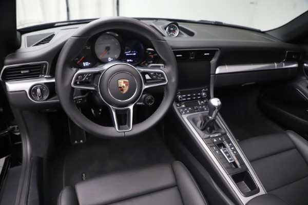 Used 2017 Porsche 911 Carrera 4S for sale Sold at Maserati of Westport in Westport CT 06880 18