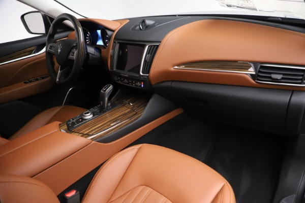 New 2019 Maserati Levante Q4 GranLusso for sale $89,550 at Maserati of Westport in Westport CT 06880 19