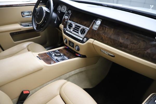 Used 2015 Rolls-Royce Ghost for sale $166,900 at Maserati of Westport in Westport CT 06880 17