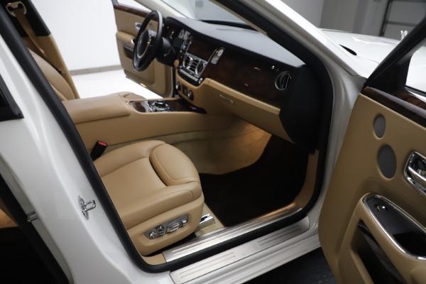 Used 2015 Rolls-Royce Ghost for sale $166,900 at Maserati of Westport in Westport CT 06880 24