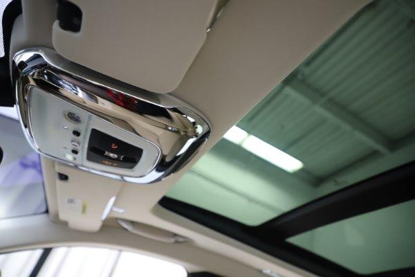 Used 2015 Rolls-Royce Ghost for sale $166,900 at Maserati of Westport in Westport CT 06880 27