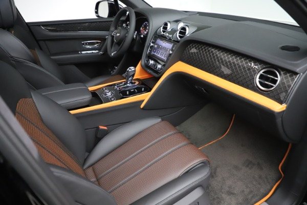 New 2020 Bentley Bentayga V8 Design Series for sale $216,860 at Maserati of Westport in Westport CT 06880 25