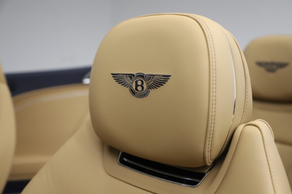 New 2020 Bentley Continental GTC V8 for sale $262,475 at Maserati of Westport in Westport CT 06880 27