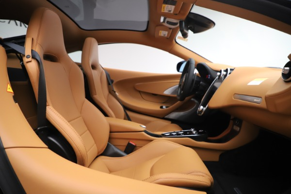 New 2020 McLaren GT Coupe for sale $245,975 at Maserati of Westport in Westport CT 06880 15
