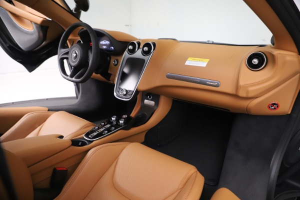 New 2020 McLaren GT Coupe for sale $245,975 at Maserati of Westport in Westport CT 06880 20