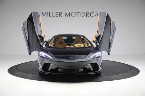New 2020 McLaren GT Coupe for sale $245,975 at Maserati of Westport in Westport CT 06880 9