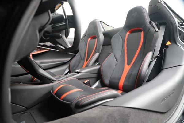 New 2020 McLaren 720S Spider Convertible for sale $383,090 at Maserati of Westport in Westport CT 06880 25