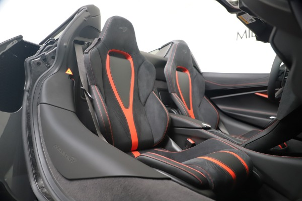 New 2020 McLaren 720S Spider Convertible for sale $383,090 at Maserati of Westport in Westport CT 06880 28