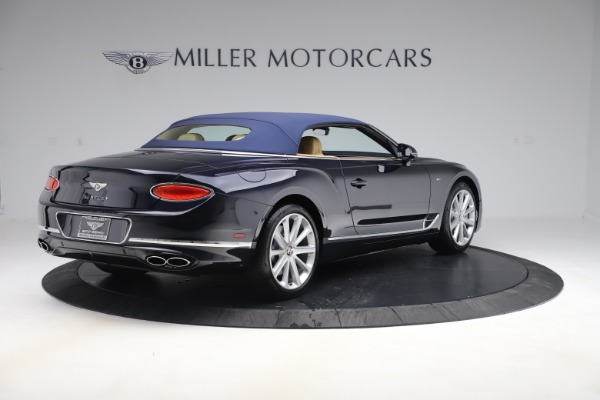 New 2020 Bentley Continental GTC V8 for sale $262,475 at Maserati of Westport in Westport CT 06880 15