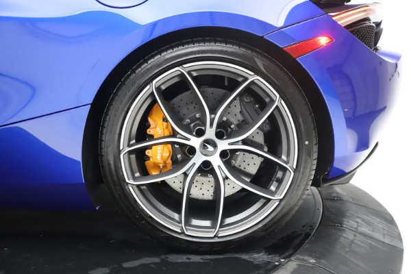 New 2020 McLaren 720S Spider Convertible for sale $364,090 at Maserati of Westport in Westport CT 06880 25