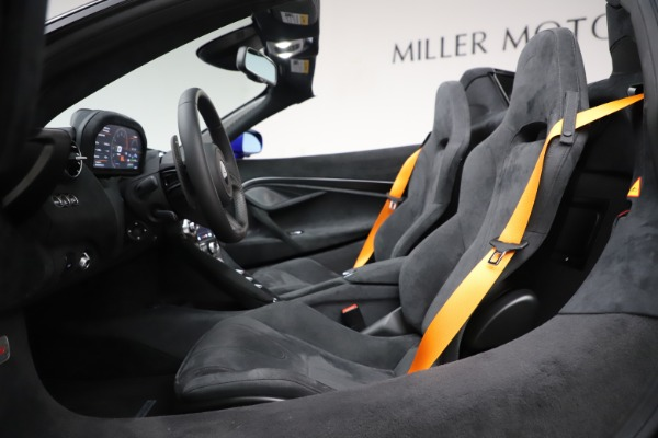 New 2020 McLaren 720S Spider Convertible for sale $364,090 at Maserati of Westport in Westport CT 06880 28