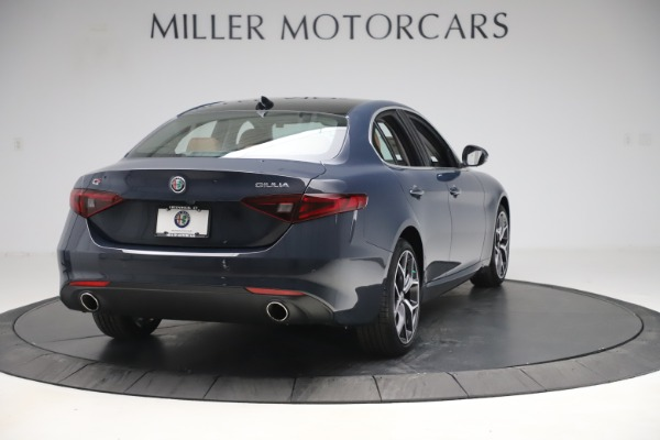 New 2019 Alfa Romeo Giulia Q4 for sale Sold at Maserati of Westport in Westport CT 06880 7
