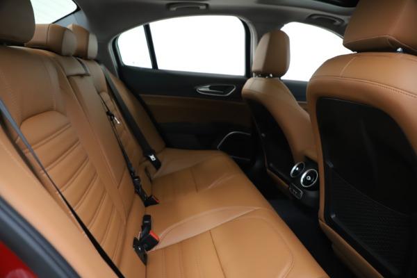 New 2019 Alfa Romeo Giulia Ti Lusso Q4 for sale Sold at Maserati of Westport in Westport CT 06880 27