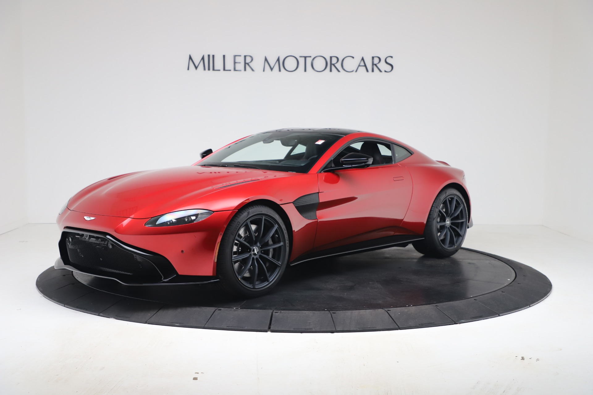 New 2020 Aston Martin Vantage Coupe for sale $195,089 at Maserati of Westport in Westport CT 06880 1