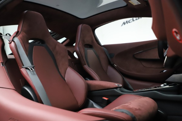 New 2020 McLaren GT Coupe for sale $247,275 at Maserati of Westport in Westport CT 06880 20