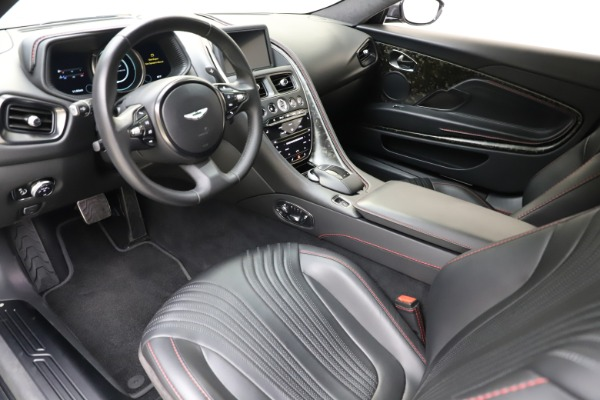 Used 2017 Aston Martin DB11 V12 for sale $141,900 at Maserati of Westport in Westport CT 06880 14