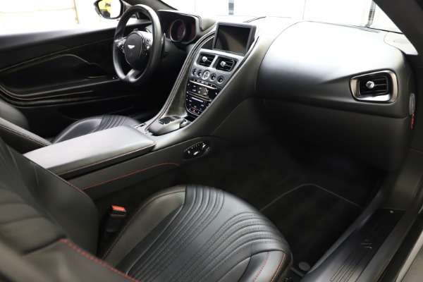 Used 2017 Aston Martin DB11 V12 for sale $141,900 at Maserati of Westport in Westport CT 06880 17