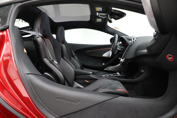 New 2020 McLaren GT Coupe for sale $249,275 at Maserati of Westport in Westport CT 06880 18