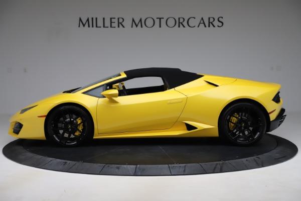 Used 2018 Lamborghini Huracan LP 580-2 Spyder for sale $203,900 at Maserati of Westport in Westport CT 06880 13