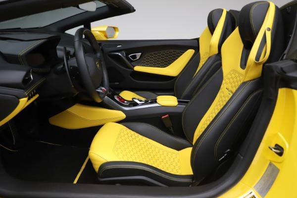 Used 2018 Lamborghini Huracan LP 580-2 Spyder for sale $203,900 at Maserati of Westport in Westport CT 06880 18
