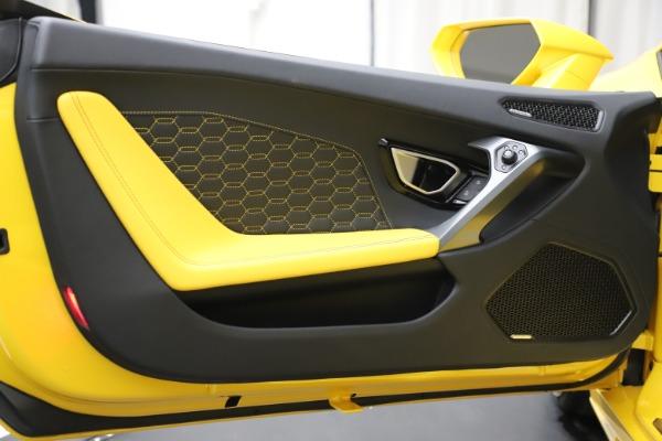 Used 2018 Lamborghini Huracan LP 580-2 Spyder for sale $203,900 at Maserati of Westport in Westport CT 06880 20