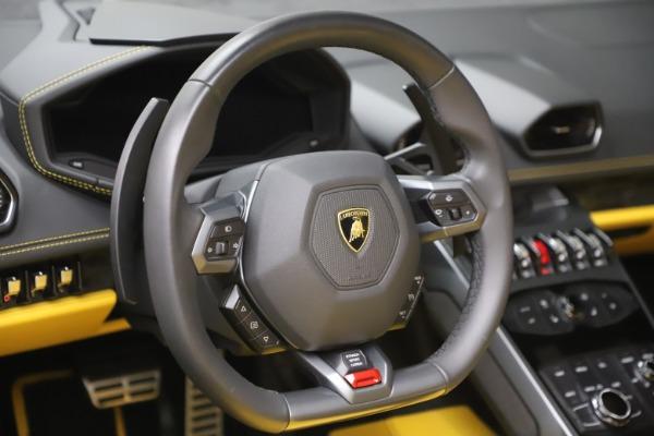 Used 2018 Lamborghini Huracan LP 580-2 Spyder for sale $203,900 at Maserati of Westport in Westport CT 06880 21