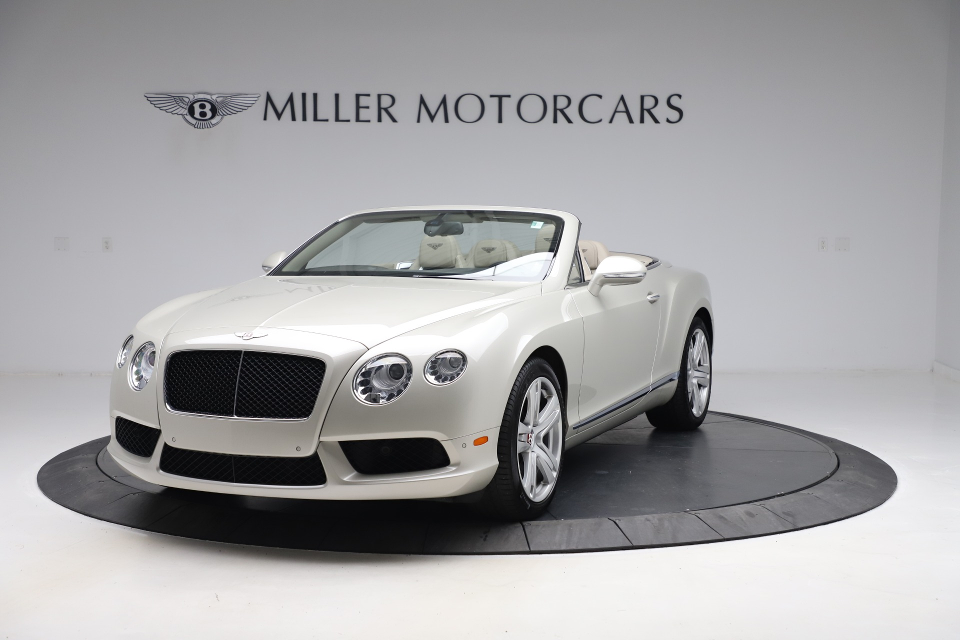 Used 2015 Bentley Continental GTC V8 for sale Sold at Maserati of Westport in Westport CT 06880 1