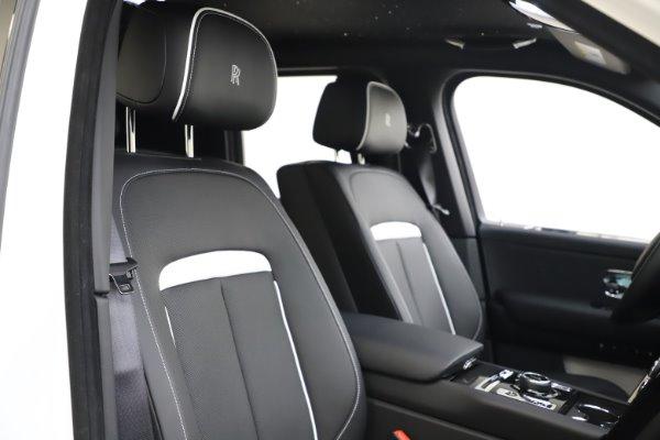 New 2020 Rolls-Royce Cullinan Black Badge for sale $451,625 at Maserati of Westport in Westport CT 06880 11