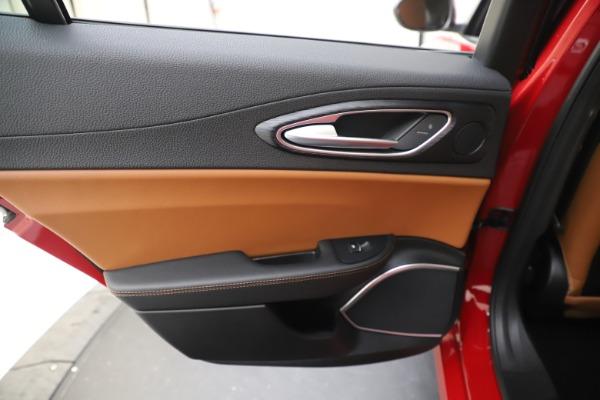 New 2020 Alfa Romeo Giulia Q4 for sale Sold at Maserati of Westport in Westport CT 06880 20