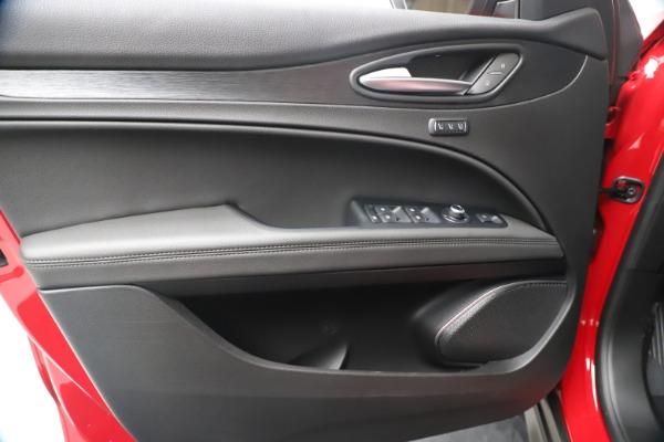 New 2020 Alfa Romeo Stelvio Q4 for sale $49,240 at Maserati of Westport in Westport CT 06880 17