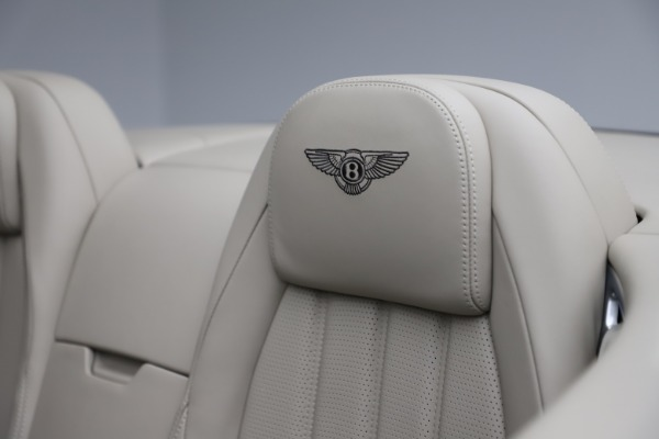 Used 2015 Bentley Continental GTC V8 for sale $109,900 at Maserati of Westport in Westport CT 06880 27
