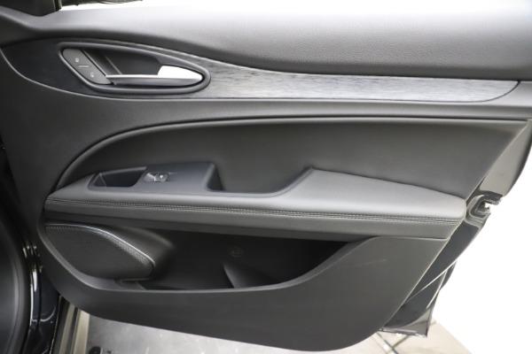 New 2020 Alfa Romeo Stelvio Q4 for sale $49,840 at Maserati of Westport in Westport CT 06880 25