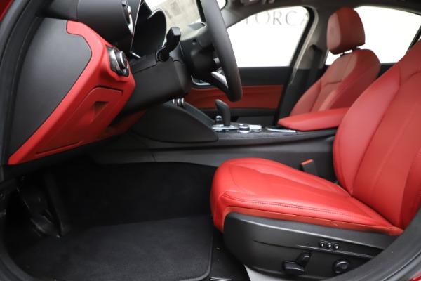 New 2020 Alfa Romeo Giulia Q4 for sale $45,740 at Maserati of Westport in Westport CT 06880 14