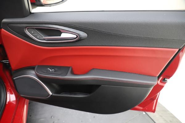 New 2020 Alfa Romeo Giulia Q4 for sale $45,740 at Maserati of Westport in Westport CT 06880 25