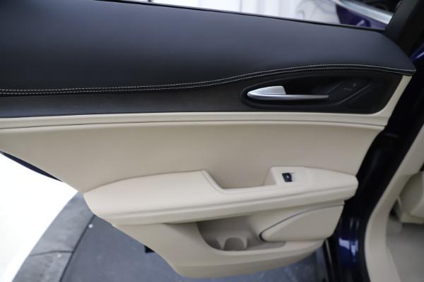 New 2020 Alfa Romeo Stelvio Ti Lusso Q4 for sale $55,790 at Maserati of Westport in Westport CT 06880 21