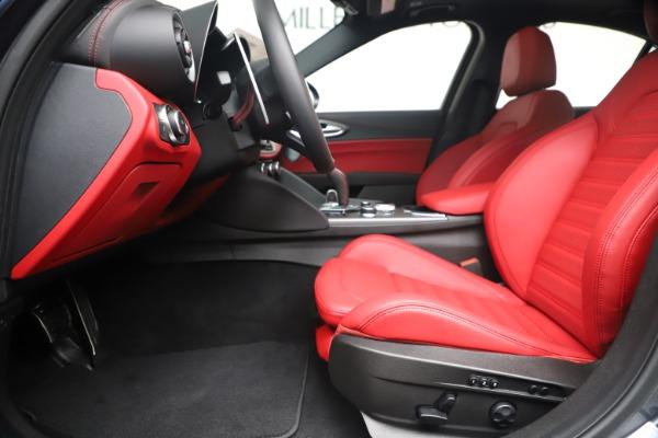 New 2020 Alfa Romeo Giulia Ti Sport Q4 for sale $53,790 at Maserati of Westport in Westport CT 06880 14