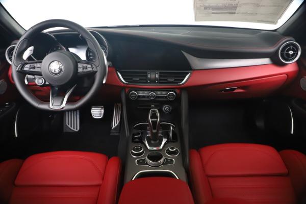 New 2020 Alfa Romeo Giulia Ti Sport Q4 for sale $53,790 at Maserati of Westport in Westport CT 06880 16